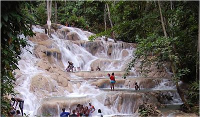Dunn\'s River Falls, Martha Brae Rafting & Shopping Tour MoBay.